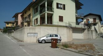 VICOFORTE APARTMENT LAST FLOOR SLEEPED WITH CAR BOX