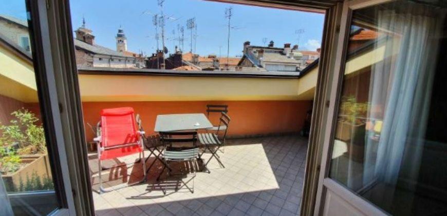 Attico ristrutturato a nuovo centro Cuneo