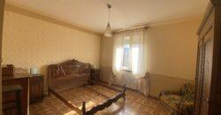Appartamento con due camere da letto e box auto