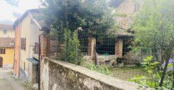 Casa semi indipendente con giardino